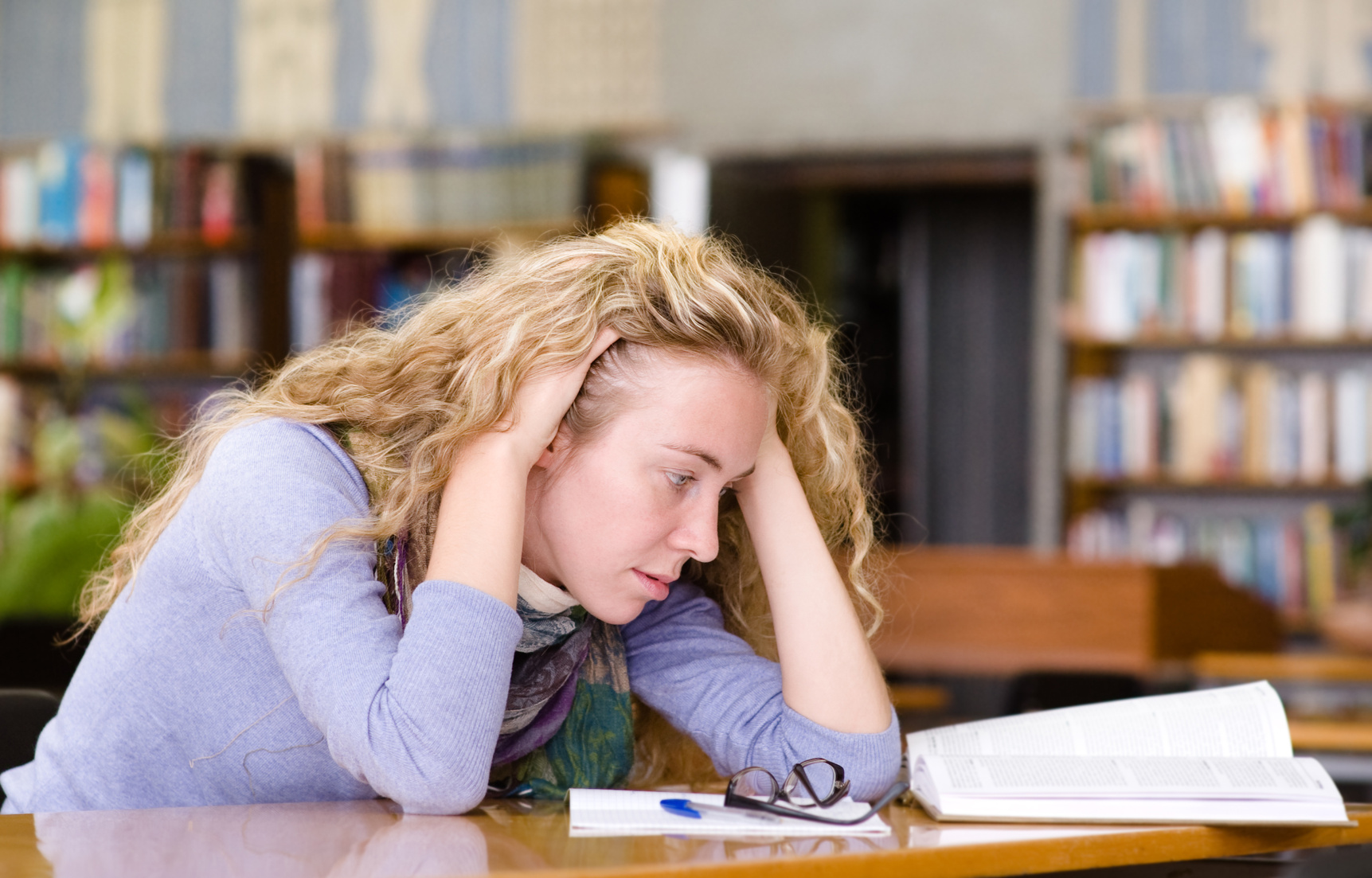 mental health of college students the issue of depression anxiety and suicide Colleges are trying to help students learn to cope while also addressing mental health issues college students depression, anxiety and suicide.